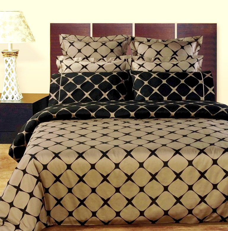 GoLinens: Luxury Taupe & Black 9-piece Bed in a Bag - 100% Egyptian Cotton