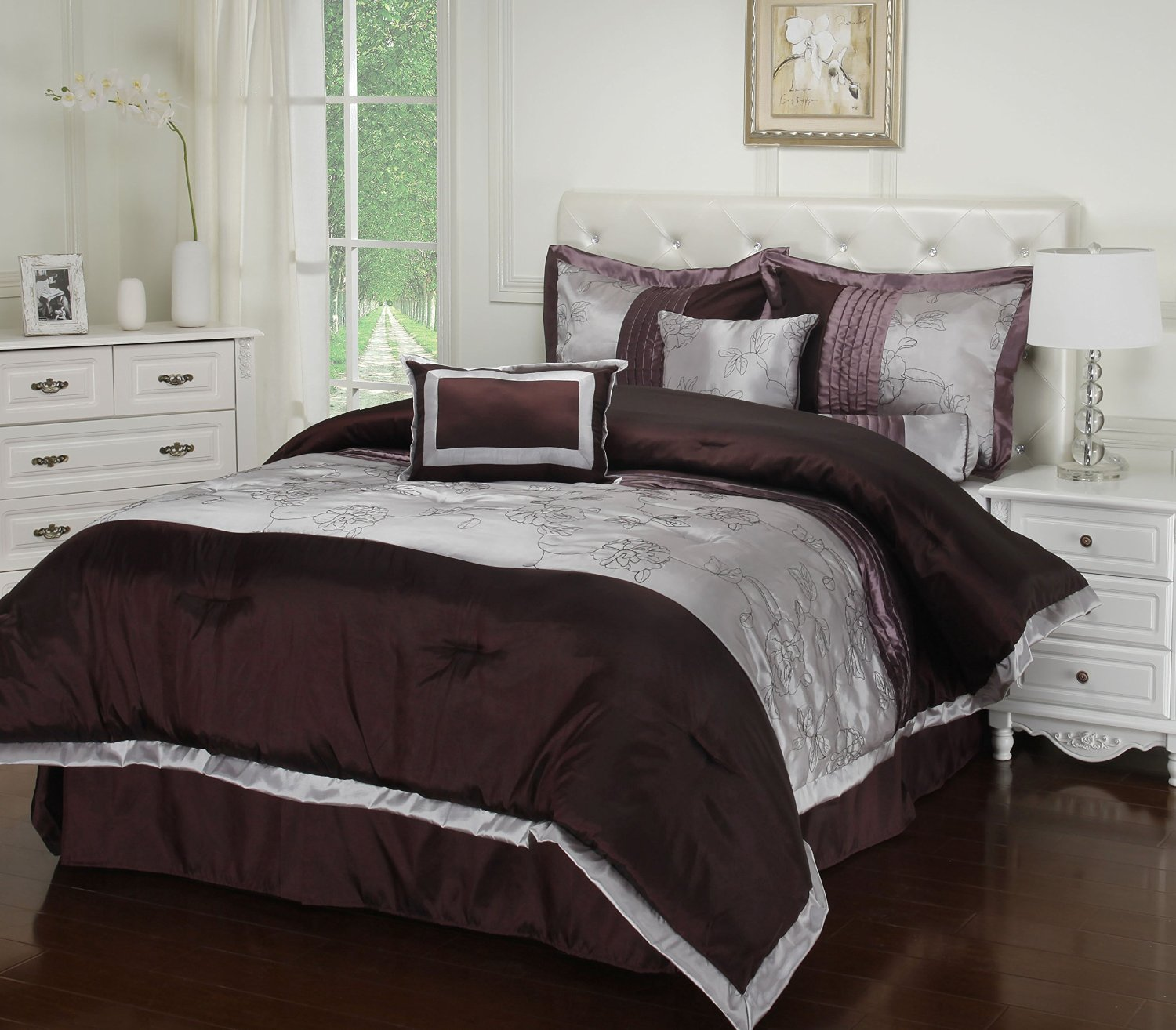 GoLinens: Luxury Kashmir Simple Floral Embroidered Design With Plum Accents 7 Pc Bed in a Bag set