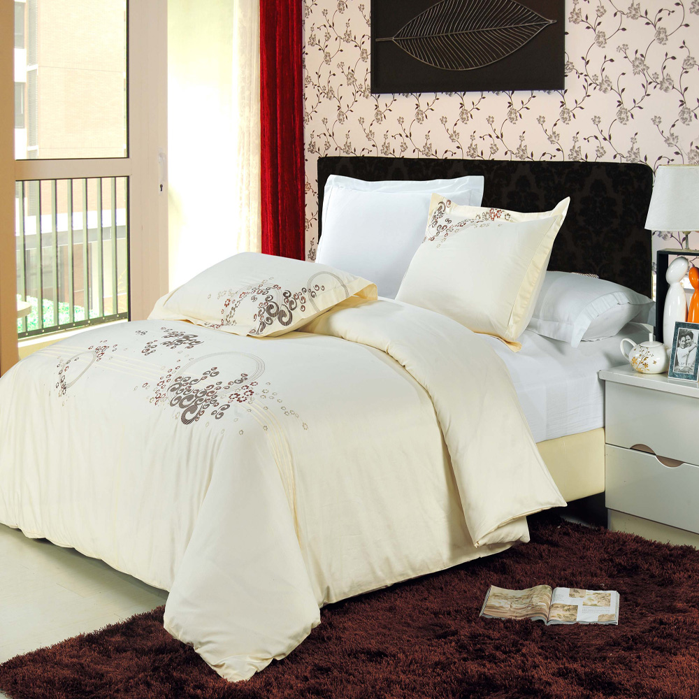 luxury ivory mauve shades of taupe embroidered egyptian. Black Bedroom Furniture Sets. Home Design Ideas