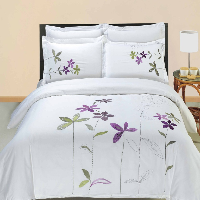 Luxury White Lavender Green South Garden Embroidered Duvet ...